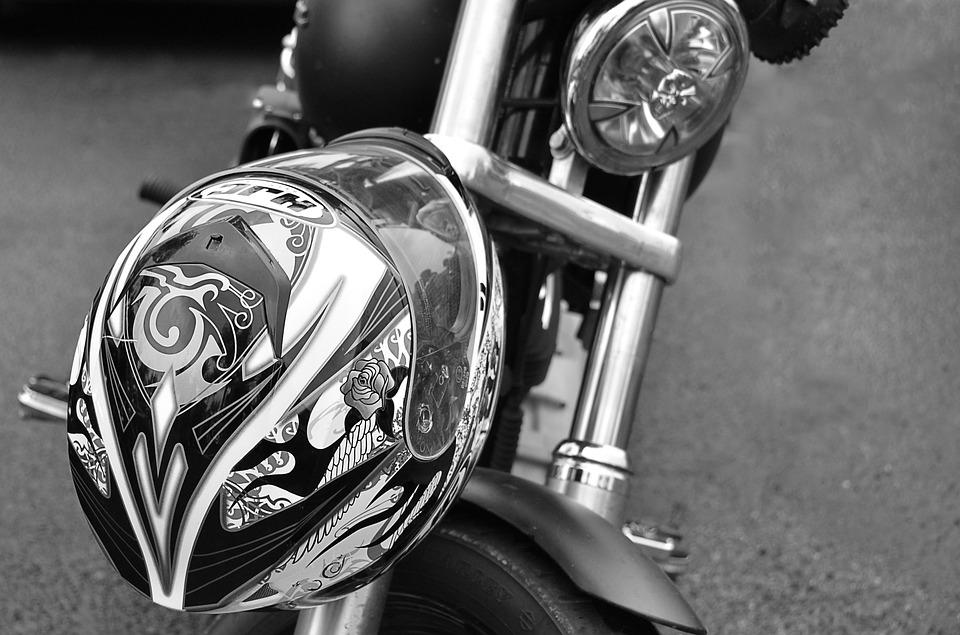 helmet-3216002_960_720